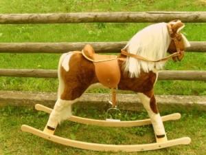 pferd zum draufsitzen spielpferde preisvergleich. Black Bedroom Furniture Sets. Home Design Ideas